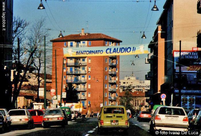 Striscione di bentornato esposto nel 1988 in via Padova, al ritorno di Terruzzi dalla Parigi-Dakar