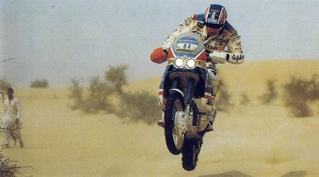 Claudio Terruzzi in naxione tra le dune della edizione